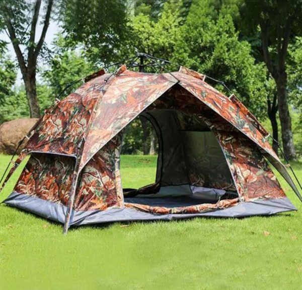 camping-travelling-camp